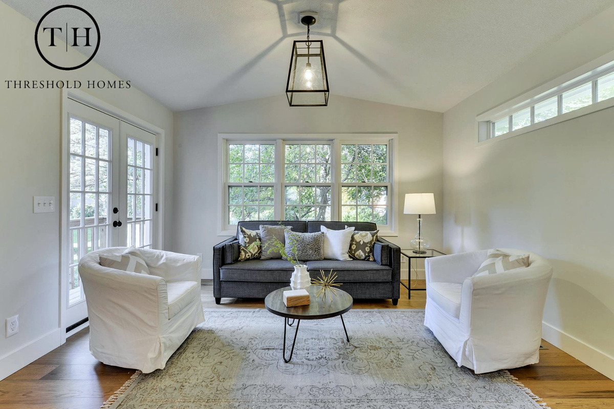 Perfect Neutral Rugs For Staging
