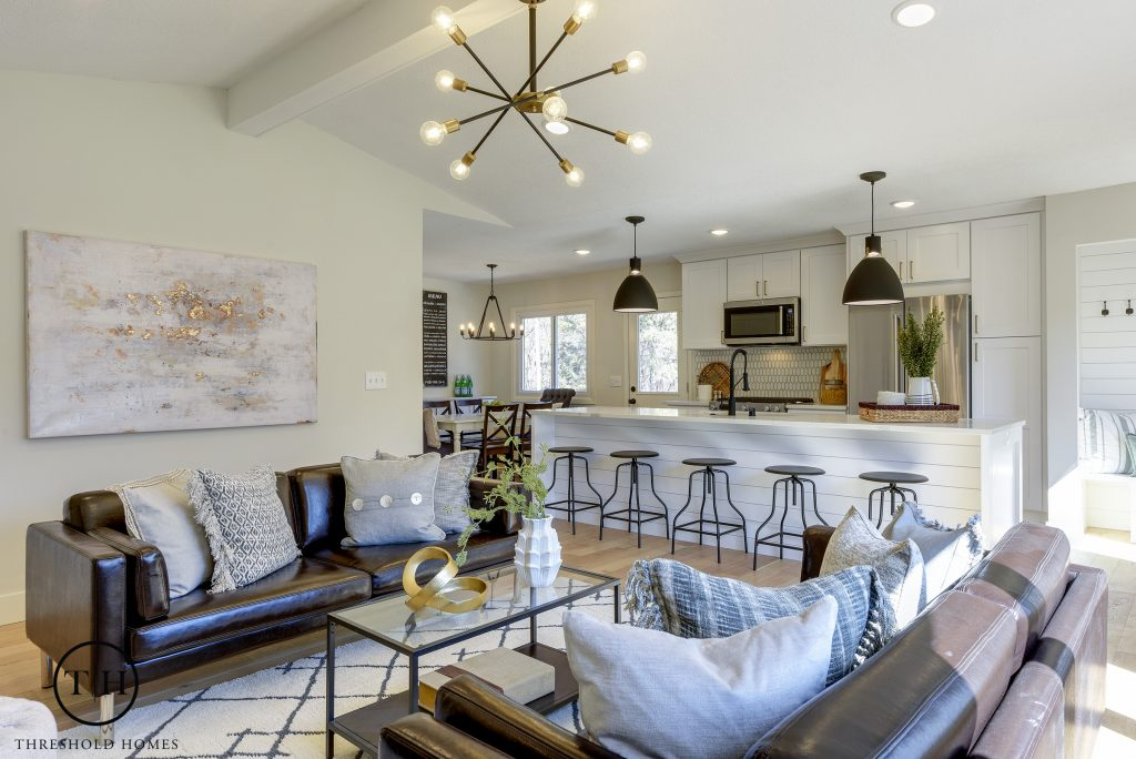 easy staging that sells